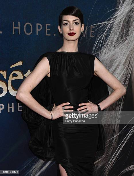 Anne Hathaway attends the 'Les Miserables' New York premiere at Ziegfeld Theatre on December 10 2012 in New York City
