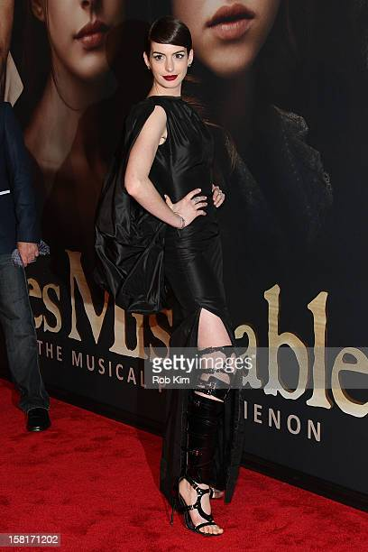 Anne Hathaway attends the 'Les Miserables' New York premiere at the Ziegfeld Theater on December 10 2012 in New York City