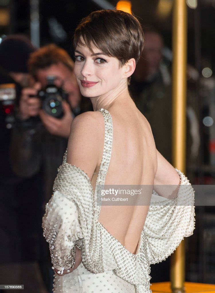 Anne Hathaway attends the world premiere of 'Les Miserables' at Odeon Leicester Square on December 5, 2012 in London, England.