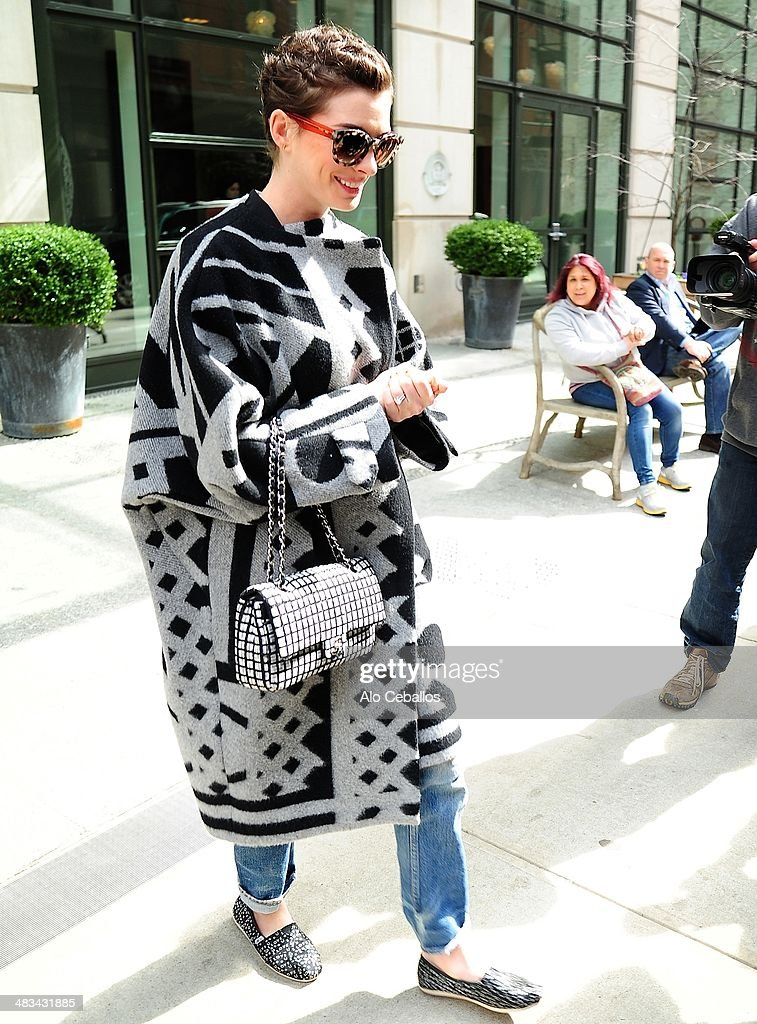 <a gi-track='captionPersonalityLinkClicked' href=/galleries/search?phrase=Anne+Hathaway+-+Actress&family=editorial&specificpeople=11647173 ng-click='$event.stopPropagation()'>Anne Hathaway</a> is seen in Soho on April 8, 2014 in New York City.