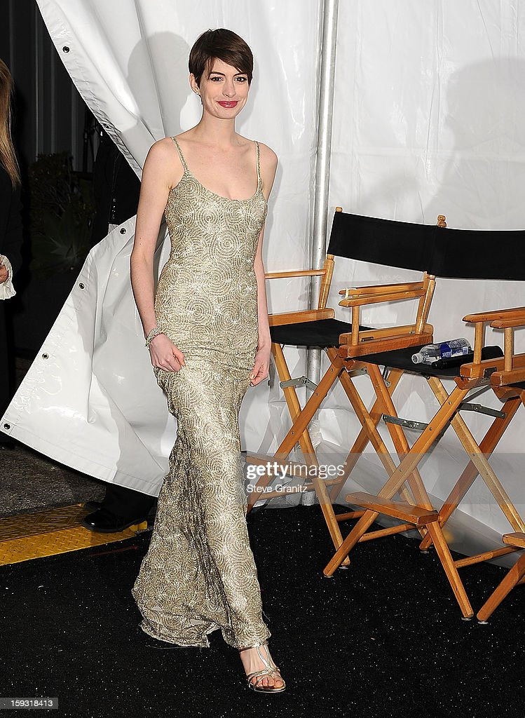 Anne Hathaway poses at the18th Annual Critics' Choice Movie Awards at The Barker Hanger on January 10, 2013 in Santa Monica, California.