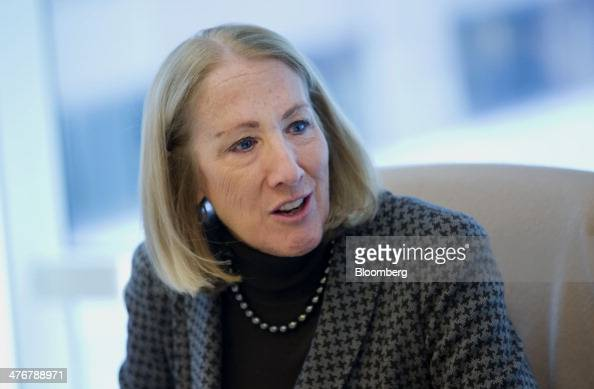 xerox anne mulcahy Anne m mulcahy chairman & ceo, xerox corporation at its helm is anne mulcahy, a 30-year veteran of xerox who began her career selling copiers, and who has.