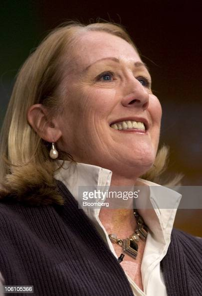 xerox anne mulcahy To motivate her teammates, they wrote a fictional wall street journal article,  dated in 2005, that how they foresee the successful xerox in details many were.
