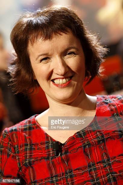 Anne Roumanoff on the set of TV show 'Au Field de la Nuit'