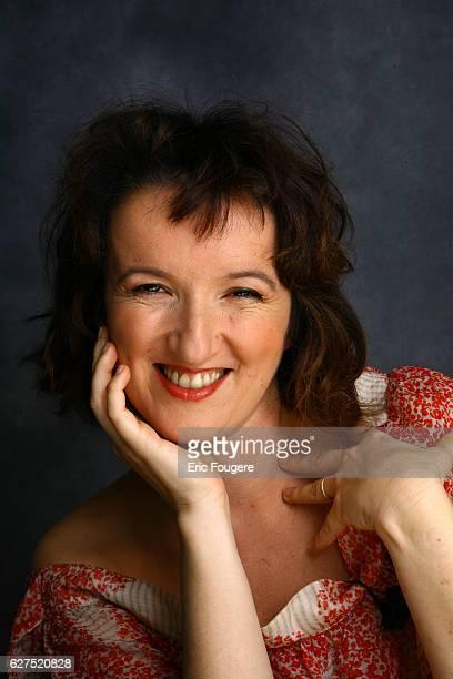 Anne Roumanoff on the set of TV show 'Les Grands du Rire'