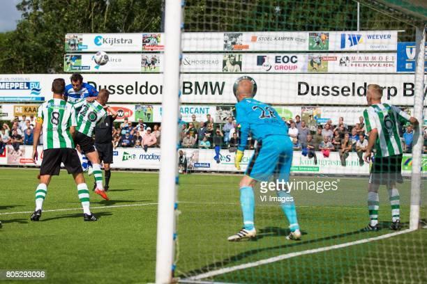Anne van der Kolk of SC Genemuiden Dirk Marcellis of PEC Zwolle Joran Pot of SC Genemuiden goalkeeper Raymond Beukeveld of SC Genemuiden Robert Boes...