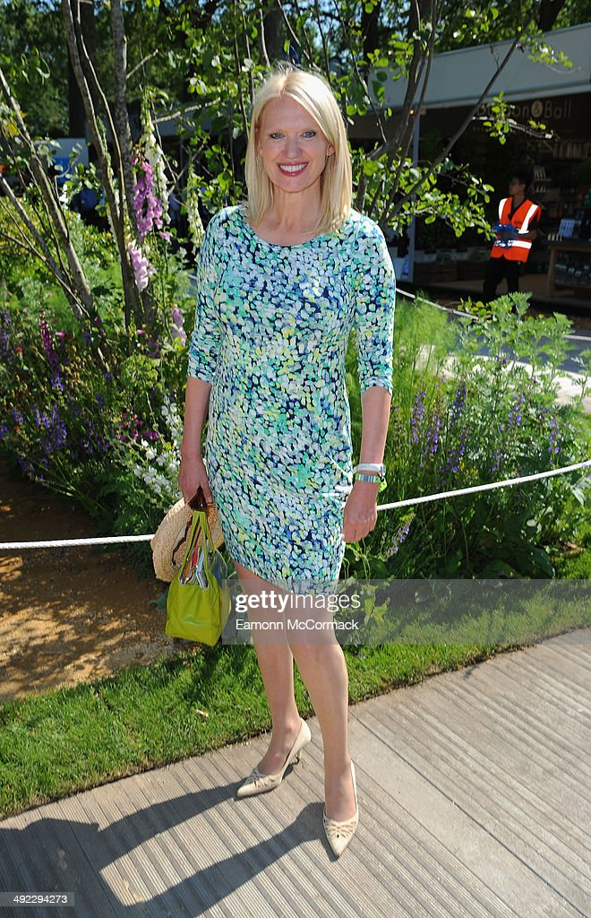 <a gi-track='captionPersonalityLinkClicked' href=/galleries/search?phrase=Anneka+Rice&family=editorial&specificpeople=157713 ng-click='$event.stopPropagation()'>Anneka Rice</a> attends the VIP preview day of The Chelsea Flower Show at The Royal Hospital Chelsea on May 19, 2014 in London, England.