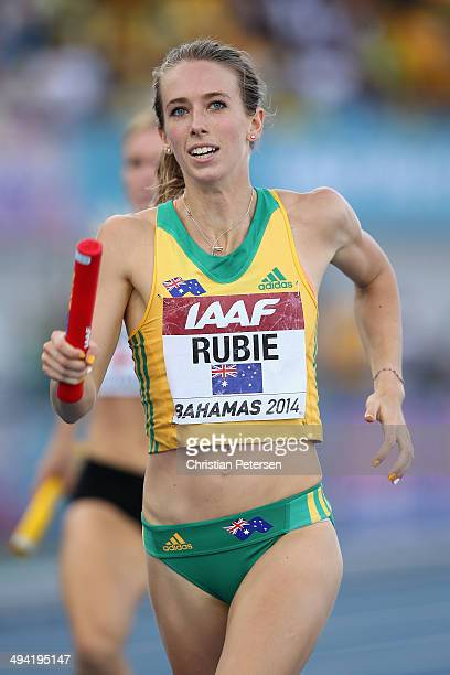 Anneliese Rubie of Australia competes in the Women's 4x400 metres relay B final during day two of the IAAF World Relays at the Thomas Robinson...