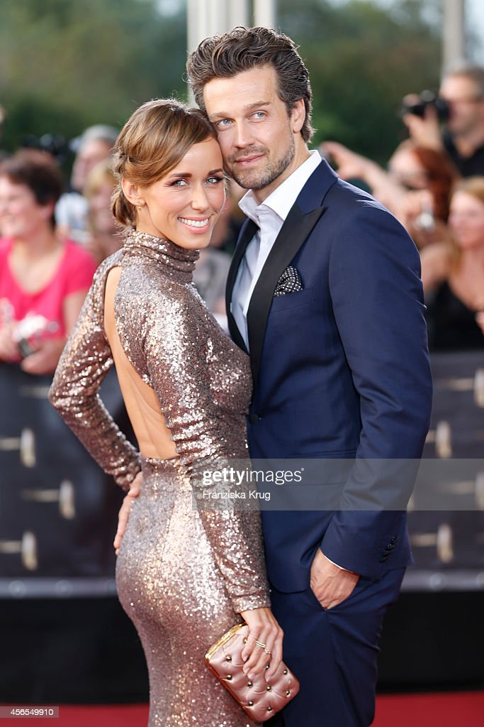 Annemarie Carpendale and Wayne Carpendale attend the red carpet of the Deutscher Fernsehpreis 2014 on October 02, 2014 in Cologne, Germany.