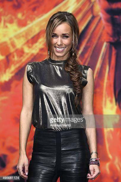 Annemarie Carpendale attends the world premiere of the film 'The Hunger Games Mockingjay Part 2' at CineStar on November 4 2015 in Berlin Germany