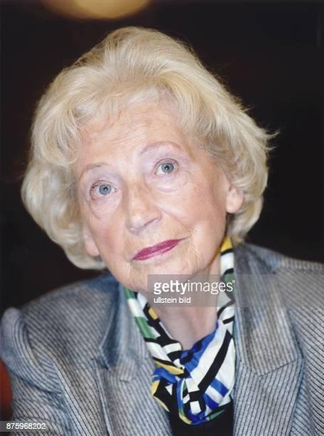 Annemarie RengerSPD Bundestagspräsidentin a D