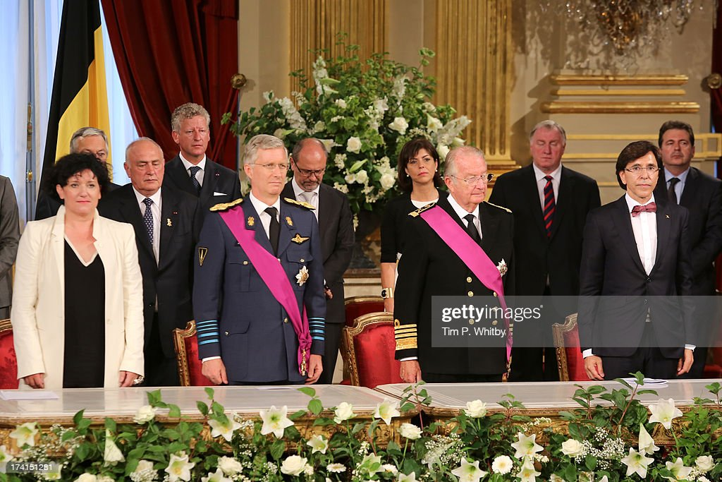 Annemie Turtelboom, Prince Philippe of Belgium, King Albert II of Belgium and <a gi-track='captionPersonalityLinkClicked' href=/galleries/search?phrase=Elio+Di+Rupo&family=editorial&specificpeople=743705 ng-click='$event.stopPropagation()'>Elio Di Rupo</a> pose at the Abdication Ceremony Of King Albert II Of Belgium, & Inauguration Of King Philippe at the Royal Palace on July 21, 2013 in Brussels, Belgium.