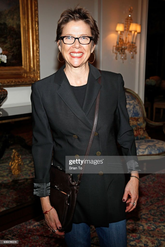 Annette Bening attends Annette Bening And Kelly and Lou Gonda Host Actors Fund Cocktail Reception on November 12, 2009 in Beverly Hills, California.