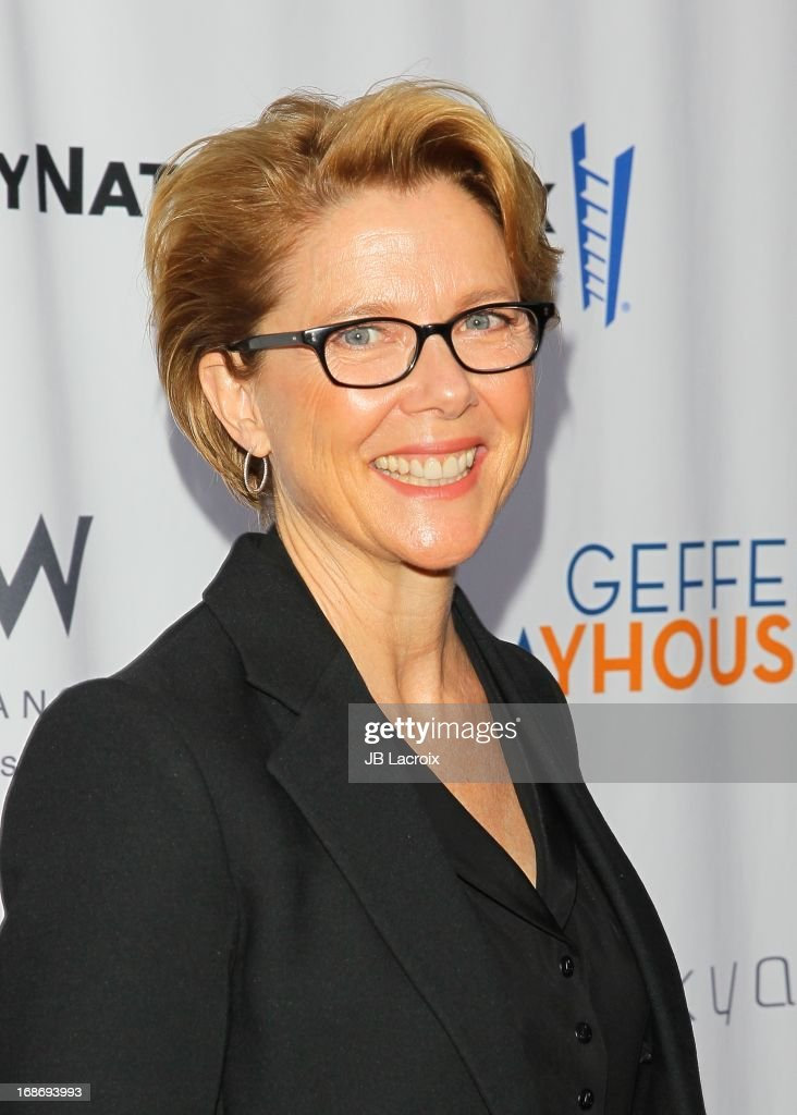<a gi-track='captionPersonalityLinkClicked' href=/galleries/search?phrase=Annette+Bening&family=editorial&specificpeople=202568 ng-click='$event.stopPropagation()'>Annette Bening</a> attends the 'Backstage At The Geffen' honoring Billy Crystal at Geffen Playhouse on May 13, 2013 in Los Angeles, California.