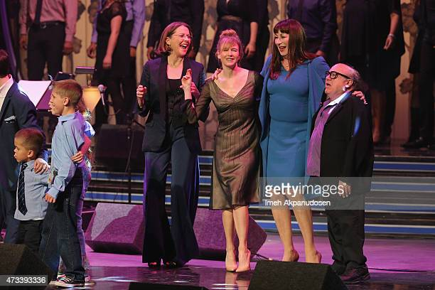 Annette Bening Renee Zellweger Anjelica Huston and Danny Devito onstage during the SeriousFun Children's Network 2015 Los Angeles Gala An Evening Of...