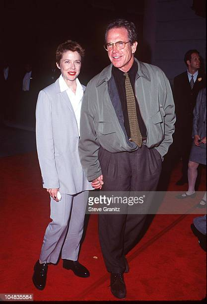 Annette Bening Warren Beatty during 'Bridges of Madison County' Los Angeles Premiere May 30 1995 at Warner Bros Studios in Burbank California United...