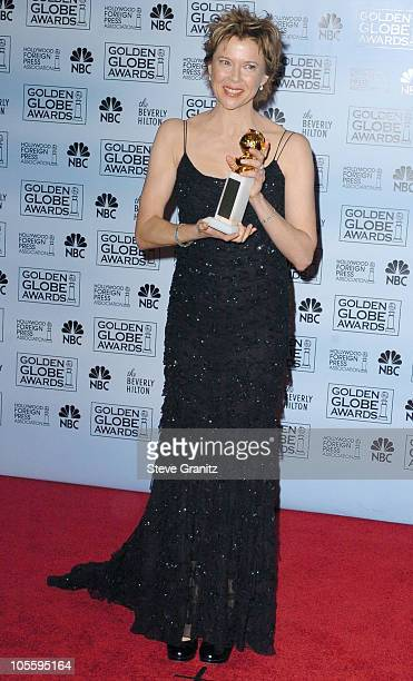Annette Bening winner of Best Actress in a Musical or Comedy Motion Picture for 'Being Julia'
