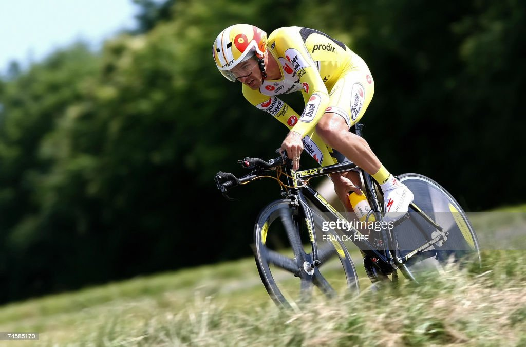 Britain's David Millar rides during the third stage of the DauphineLibere cycling race a team timetrial around Anneyron 13 June 2007 Kazakhstan's...