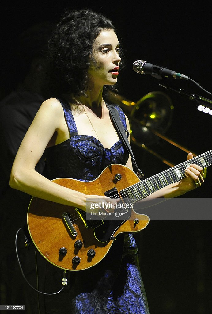 <a gi-track='captionPersonalityLinkClicked' href=/galleries/search?phrase=Annie+Clark&family=editorial&specificpeople=4537940 ng-click='$event.stopPropagation()'>Annie Clark</a> aka St. Vincent of David Byrne & St. Vincent perform in support of the duo's Love This Giant release at the Orpheum Theatre on October 15, 2012 in San Francisco, California.