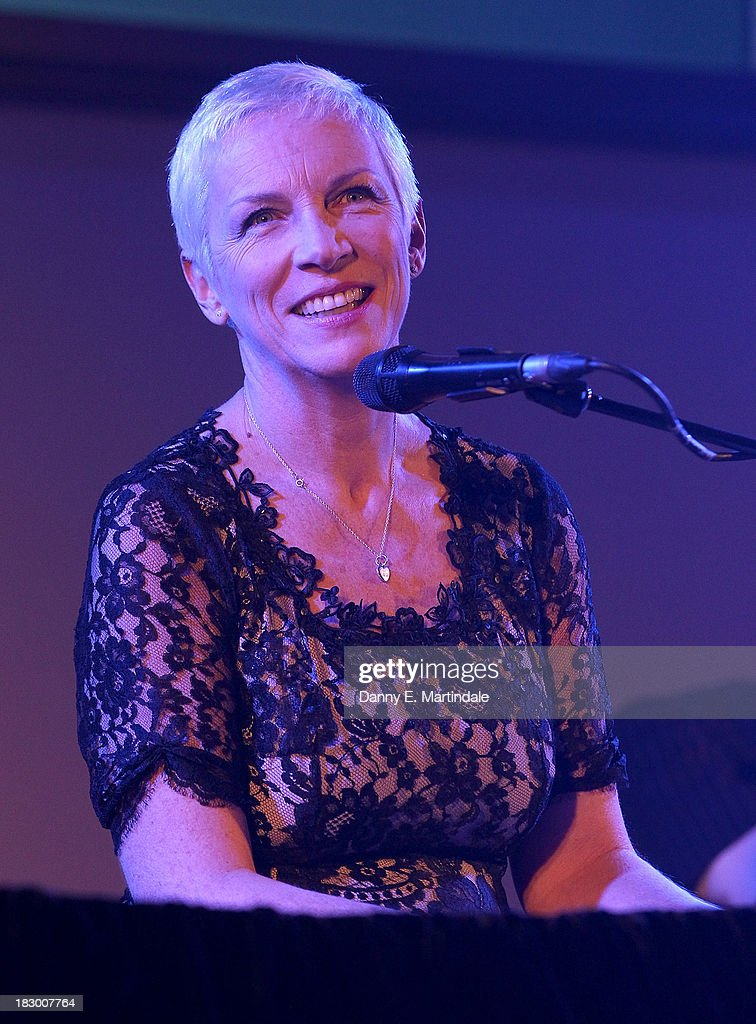 <a gi-track='captionPersonalityLinkClicked' href=/galleries/search?phrase=Annie+Lennox&family=editorial&specificpeople=157714 ng-click='$event.stopPropagation()'>Annie Lennox</a> performs at the mothers2mothers cocktail party to celebrate reaching one million mothers at One Marylebone on October 3, 2013 in London, England.