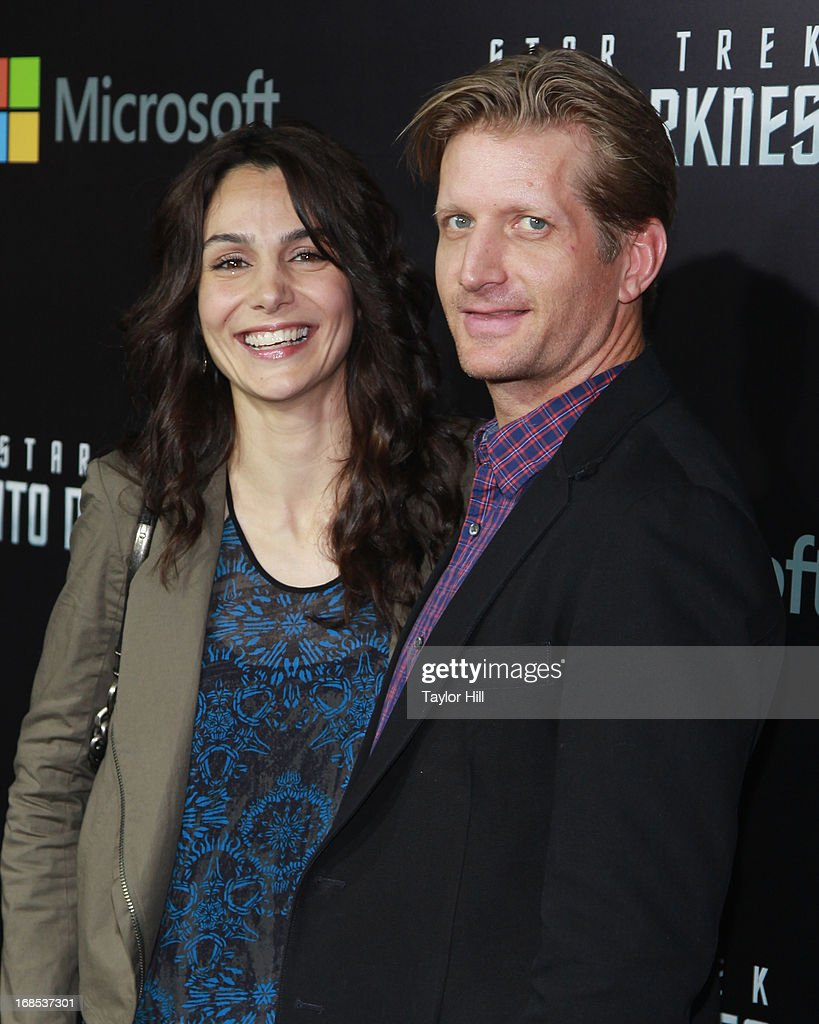 <a gi-track='captionPersonalityLinkClicked' href=/galleries/search?phrase=Annie+Parisse&family=editorial&specificpeople=224561 ng-click='$event.stopPropagation()'>Annie Parisse</a> and Paul Sparks attend the 'Star Trek Into Darkness' screening at AMC Loews Lincoln Square on May 9, 2013 in New York City.