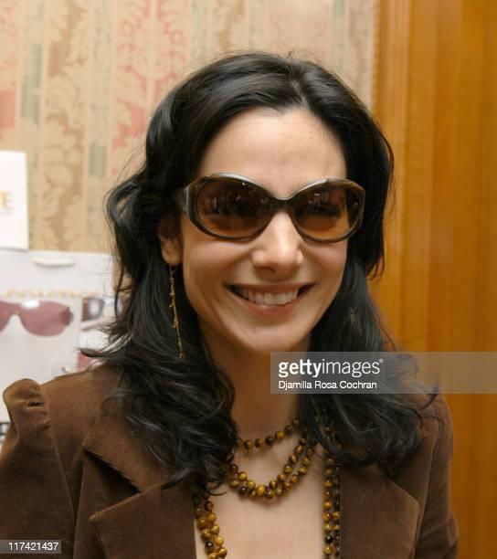 Annie Parisse wearing Kate Spade Kindley Sunglasses