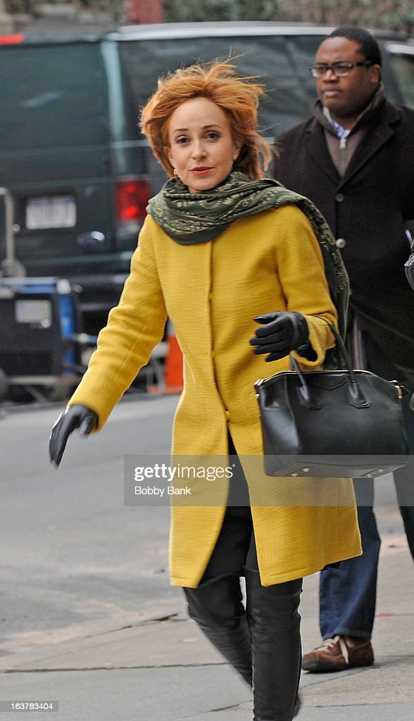 <a gi-track='captionPersonalityLinkClicked' href=/galleries/search?phrase=Annie+Potts&family=editorial&specificpeople=1519623 ng-click='$event.stopPropagation()'>Annie Potts</a> filming on location for 'Murder In Manhattan' on March 15, 2013 in New York City.