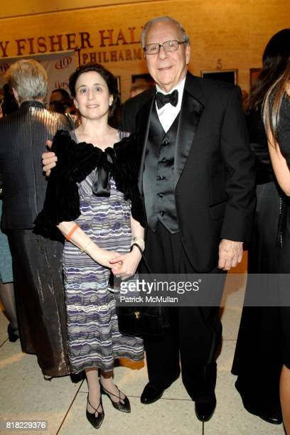 Annie Ravitz and Robert Ravitz attend SLE LUPUS FOUNDATION 40th Anniversary Gala at Avery Fisher Hall on November 22 2010 in New York City