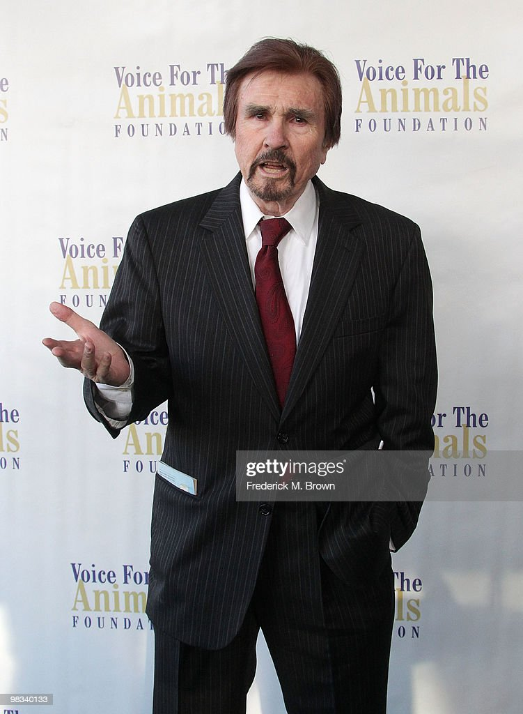 Announcer Gary Owens attends the Voice for Animals Foundation's annual benefit with a 'LaughIn Reunion' at the Comedy Store on April 8 2010 in Los...