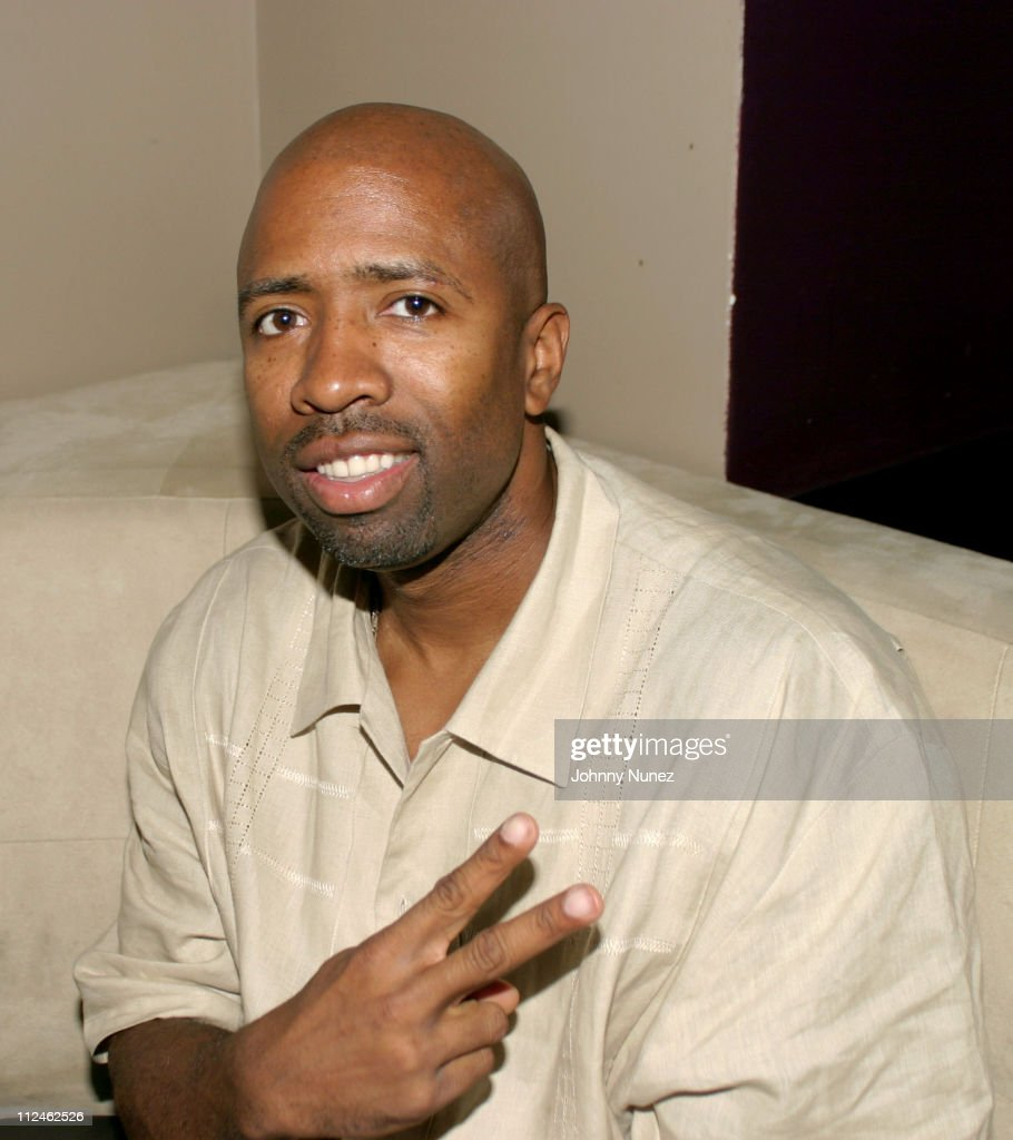Announcer <a gi-track='captionPersonalityLinkClicked' href=/galleries/search?phrase=Kenny+Smith&family=editorial&specificpeople=221585 ng-click='$event.stopPropagation()'>Kenny Smith</a> of TNT during Direct Impulse's Blend Party at Lobby in New York City, New York, United States.