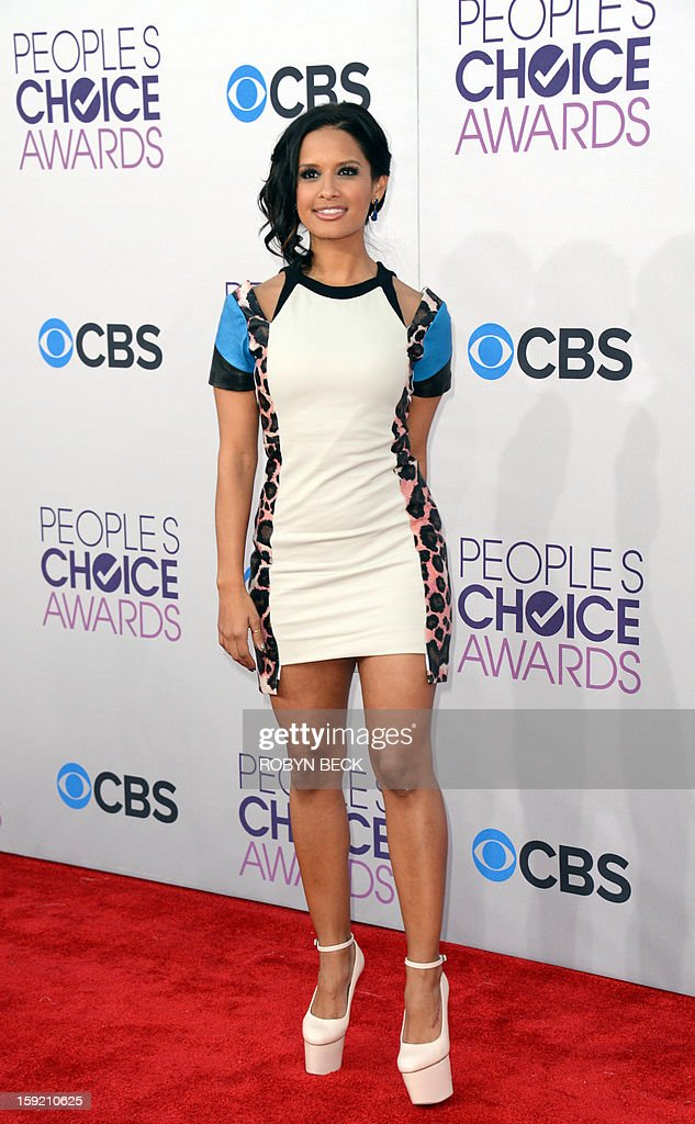 TV announcer Rocsi Diaz arrives for the 2013 People's Choice Awards at the Nokia Theatre in Los Angeles, California, January 9, 2013. AFP PHOTO / Robyn Beck