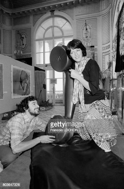 Anny Duperey et Francis Perrin au Festival de Deauville en septembre 1975 en France