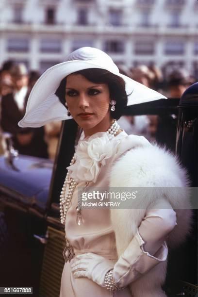 Anny Duperey lors du tournage du film 'Stavisky' en octobre 1973 à Biarritz France