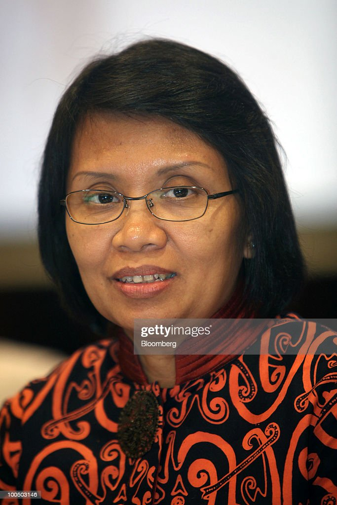 Anny Ratnawati, Indonesia's vice finance minister, speaks during a news conference at the Finance Ministry in Jakarta, Indonesia, on Tuesday, May 25, 2010. Indonesian President Susilo Bambang Yudhoyono named Ratnawati, director general of budget affairs at the Finance Ministry, as vice finance minister, on May 20. Photographer: Dimas Ardian/Bloomberg via Getty Images