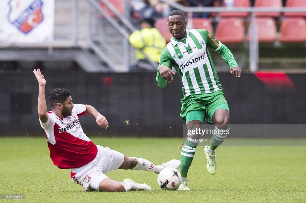Anouar Kali of FC Utrecht Sheraldo Becker of PEC Zwolle during the Dutch Eredivisie match between FC Utrecht and PEC Zwolle at the Galgenwaard...