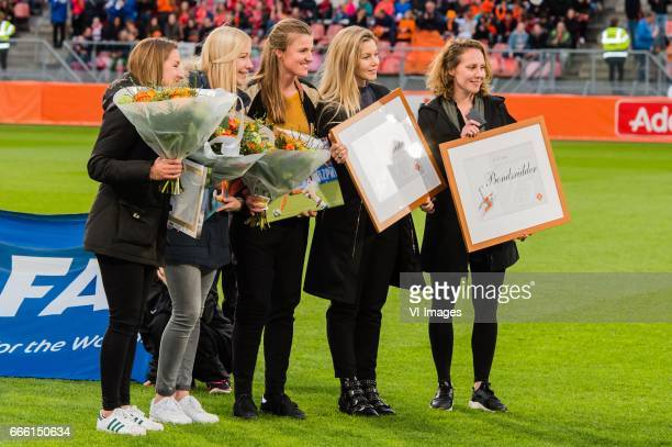 Anouk Hoogendijk Manon Melis Kirsten van de Ven Mandy Versteegt en Maayke Heuverduring the friendly match between the women of Netherlands and France...