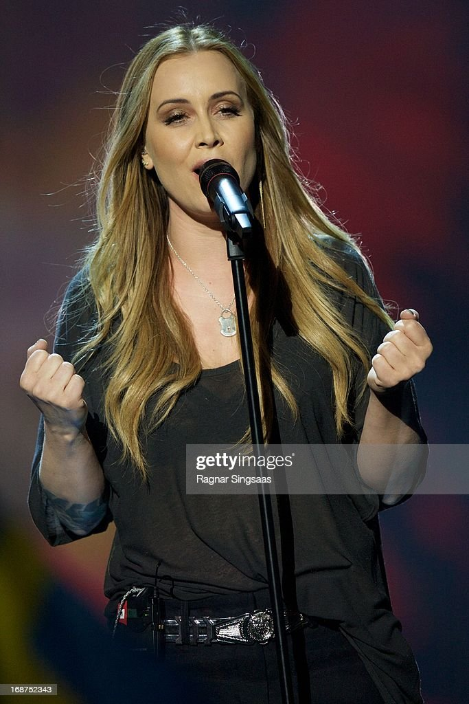 Anouk of The Netherlands performs on stage during the first semi final of the Eurovision Song Contest 2013 at Malmo Arena on May 14, 2013 in Malmo, Sweden.