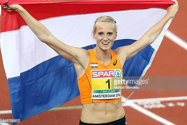 Anouk Vetter of Netherlands celebrates after winning gold in the Heptathlon during the European Athletics Championships at Olympic Stadium on July 9...