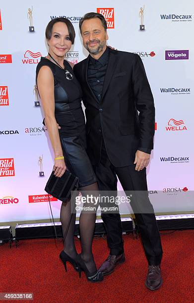 Anouschka Renzi and Carsten Sander attend the 'Goldene Bild Der Frau' Award 2014 at TUI Operettenhaus on November 20 2014 in Hamburg Germany