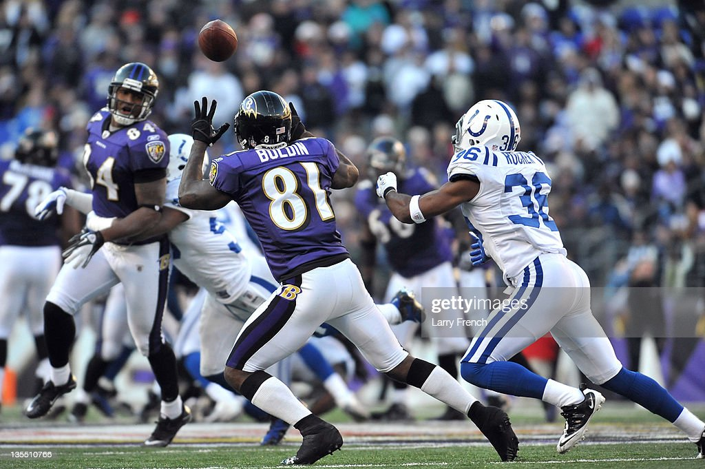 <a gi-track='captionPersonalityLinkClicked' href=/galleries/search?phrase=Anquan+Boldin&family=editorial&specificpeople=182484 ng-click='$event.stopPropagation()'>Anquan Boldin</a> #81 of the Baltimore Ravens makes this catch against the Indianapolis Colts at M&T Bank Stadium on December 11, 2011 in Baltimore, Maryland. The Ravens defeated the Colts 24-10.