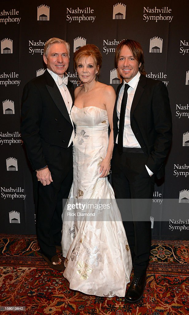 Ansel Davis, Jana Davis, Symphony Ball co-chair, and <a gi-track='captionPersonalityLinkClicked' href=/galleries/search?phrase=Keith+Urban&family=editorial&specificpeople=202997 ng-click='$event.stopPropagation()'>Keith Urban</a> attend Symphony Ball at Schermerhorn Symphony Center, where <a gi-track='captionPersonalityLinkClicked' href=/galleries/search?phrase=Keith+Urban&family=editorial&specificpeople=202997 ng-click='$event.stopPropagation()'>Keith Urban</a> accepted the Harmony Award on December 8, 2012 in Nashville, Tennessee.
