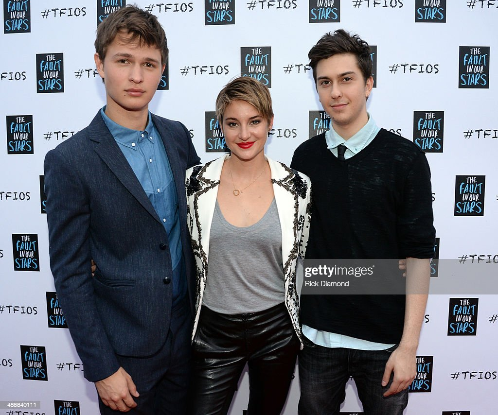 """The Fault In Our Stars"" Nashville Red Carpet And Fan ..."
