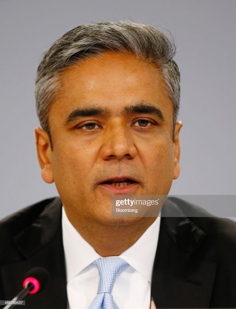 Anshu Jain, co-chief executive officer of Deutsche Bank AG, speaks during a news conference to announce the bank's results at their headquarters in Frankfurt, Germany, on Wednesday, Jan. 29, 2014. Deutsche Bank AG, Germany's biggest bank, cut total compensation for employees at its investment bank 23 percent in the fourth quarter as a slide in revenue contributed to a loss for the period. Photographer: Ralph Orlowski/Bloomberg via Getty Images