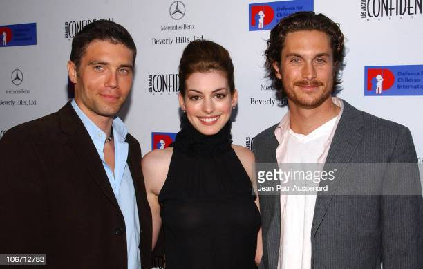 Anson Mount Anne Hathaway and Oliver Hudson during Anne Hathaway Oliver Hudson and Anson Mount Host Fundraiser for Defense for Children International...
