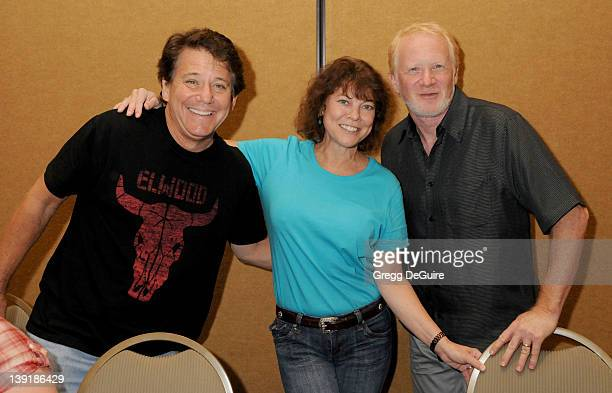 Anson Williams Erin Moran and Donny Most of 'Happy Days' pose at the The Hollywood Collectors Celebrities Show at the Burbank Airport Marriott Hotel...