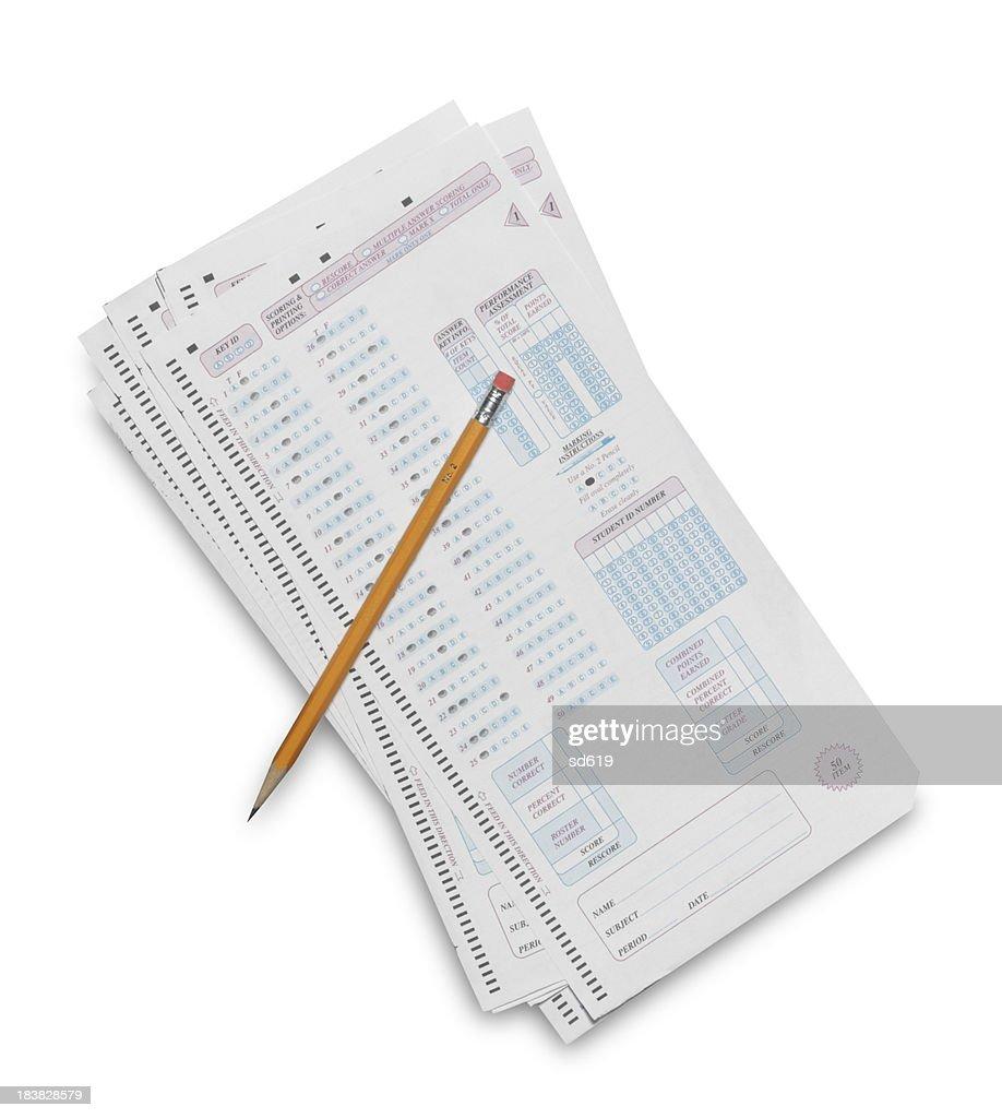 Antwortblatt mit Bleistift : Stock-Foto