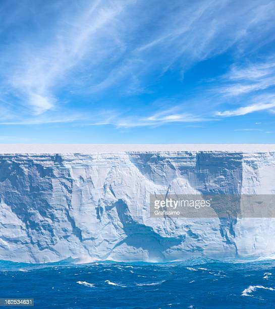 Antarktis bue Eisberg schwimmenden