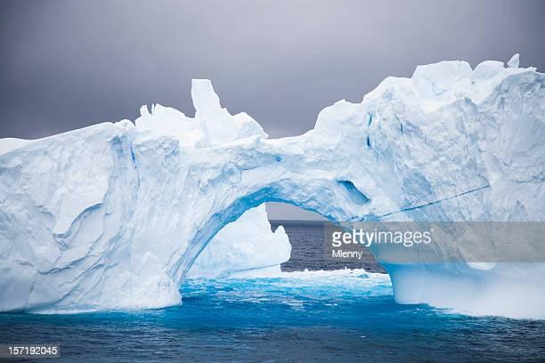 Antártida Iceberg arco Natural