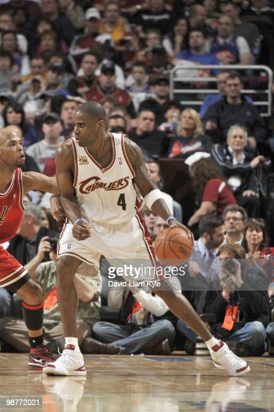 Antawn Jamison of the Cleveland Cavaliers drives the ball against the Chicago Bulls in Game Five of the Eastern Conference Quarterfinals during the...
