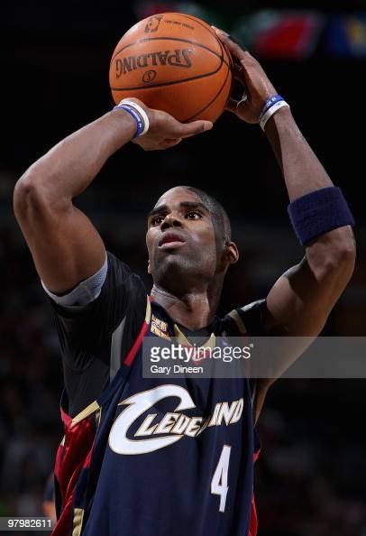 Antawn Jamison of the Cleveland Cavaliers shoots a free throw against the Milwaukee Bucks during the game on March 6 2010 at the Bradley Center in...